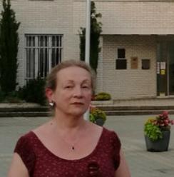 Orosz anyanyelvű oroszországi nyelvtanári diplomával rendelkező orosz nyelvtanár